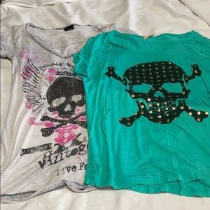 Lot of 2 super cute tees from buckle